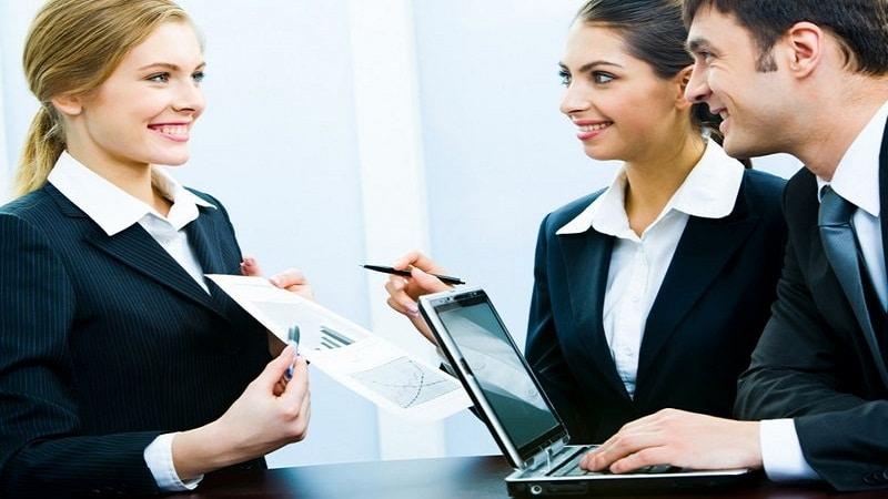 должностные обязанности менеджера по работе с клиентами
