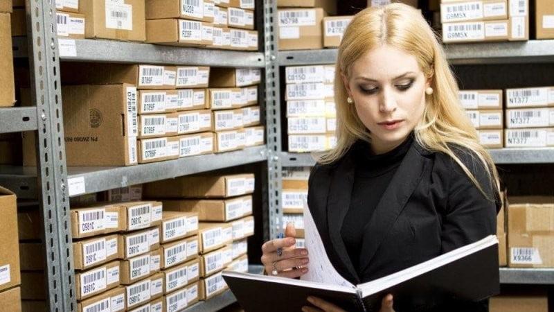 Должностные обязанности кладовщика: основные требования ответственность и обязанности