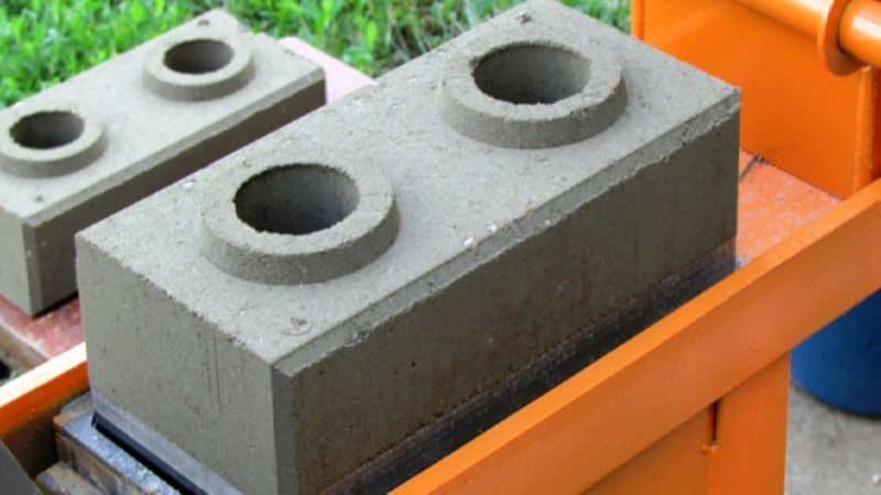 станок для кирпича Лего
