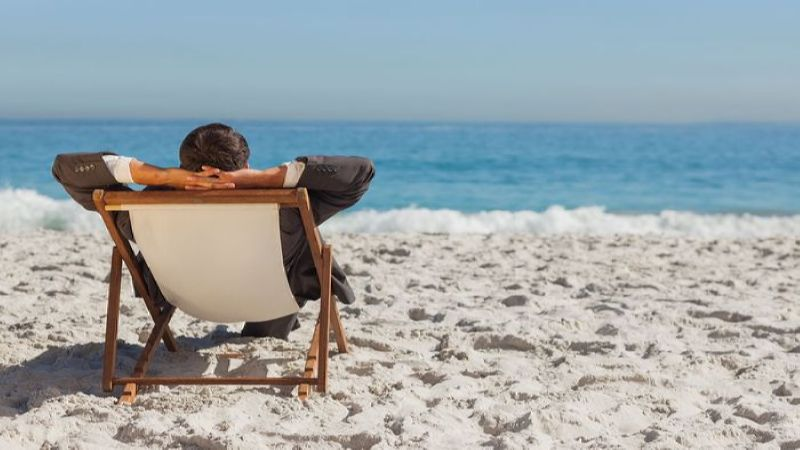 увольнение во время отпуска по собственному желанию